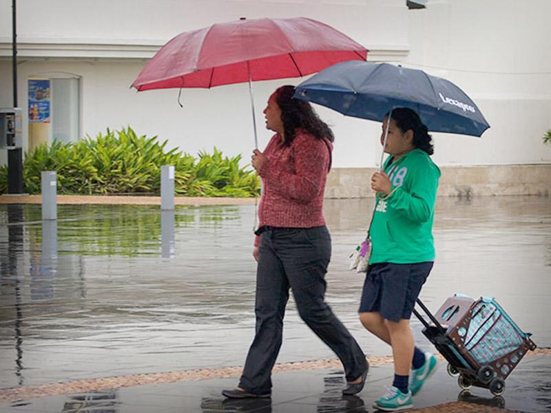 La Secretaría de Protección Civil recomienda a la población tomar precauciones ante la presencia de lluvias.