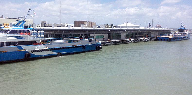 Aperturan los puertos en Carmen